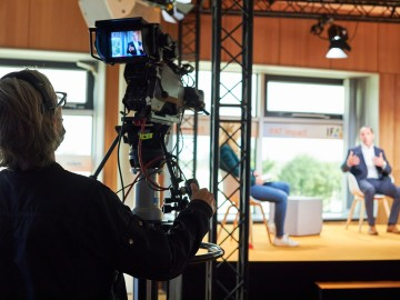 Einige Experten kamen ins IFAT Studio auf der Messe München, die meisten waren online zugeschaltet.